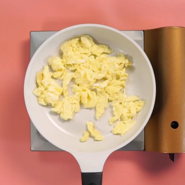 木耳炒鸡蛋的家常做法