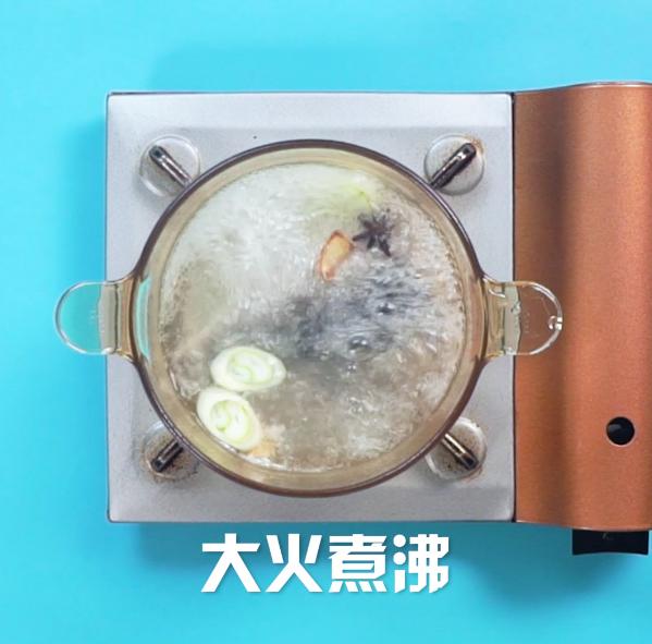 鲫鱼汤的简单做法
