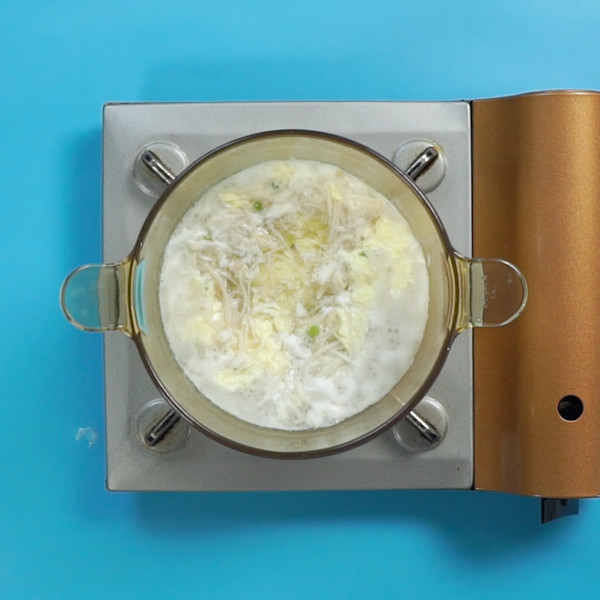 金针菇汤怎么吃