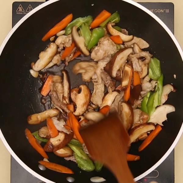 香菇炒肉怎么炒