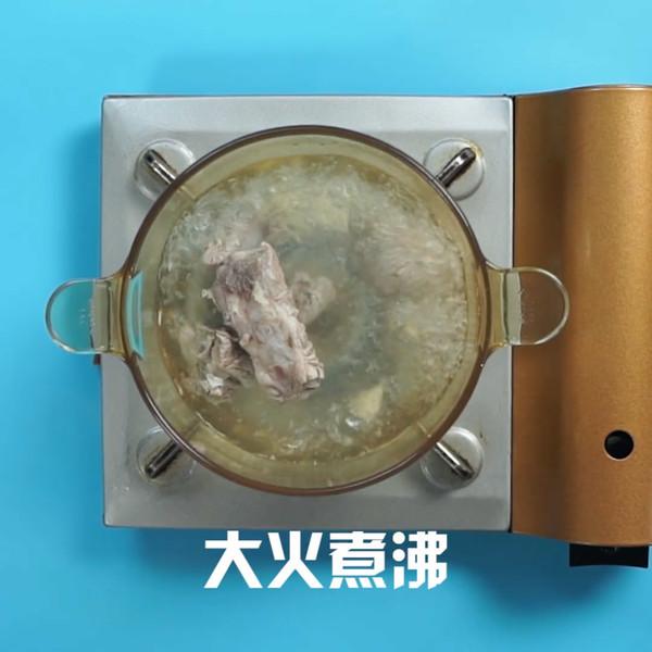排骨玉米汤的家常做法