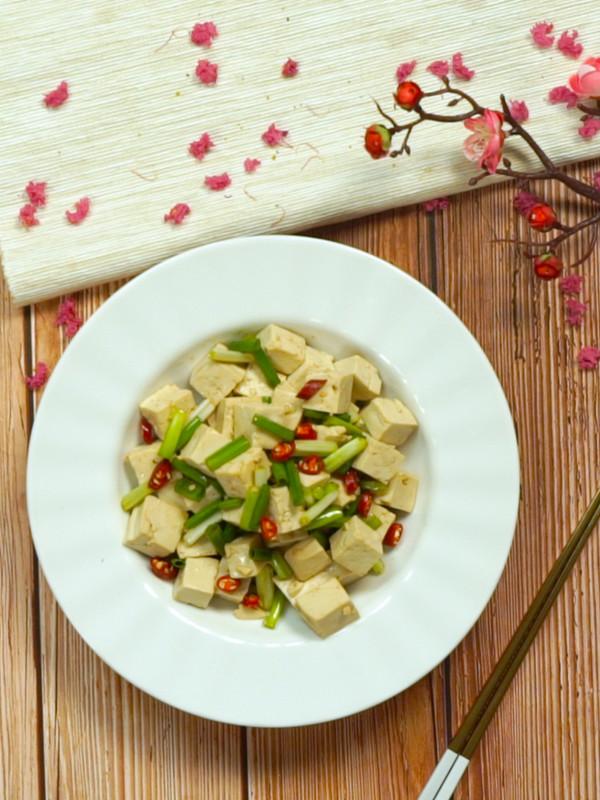 凉拌豆腐成品图