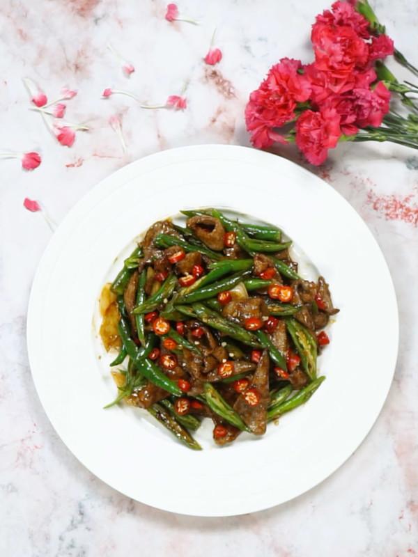 青椒炒猪肝成品图