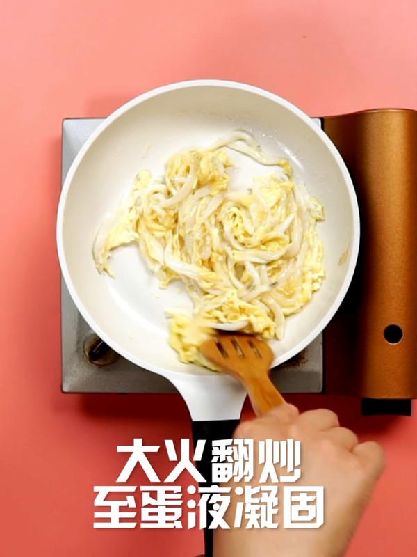 银鱼炒蛋的简单做法