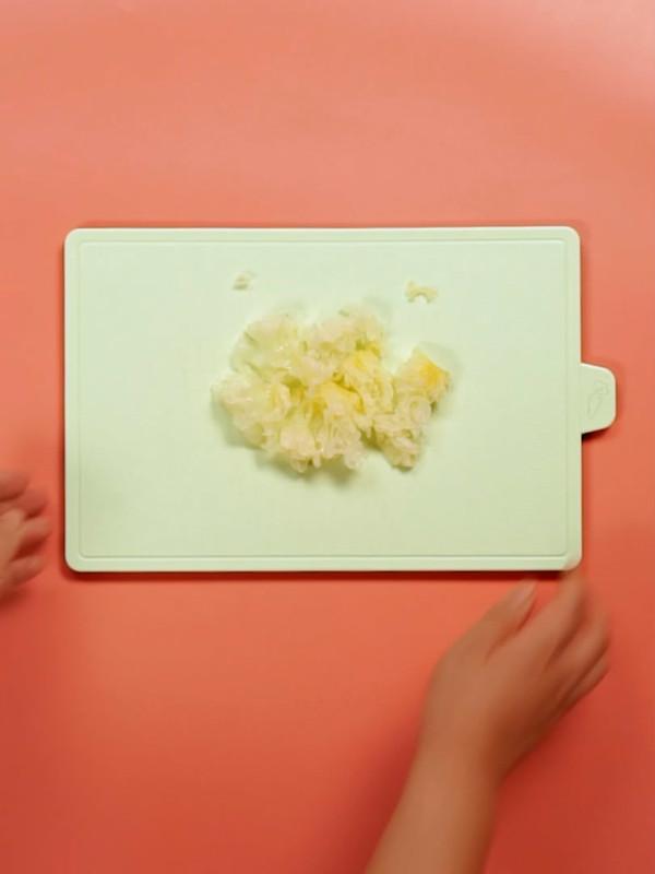 桃胶皂角米百合银耳红枣羹的做法图解