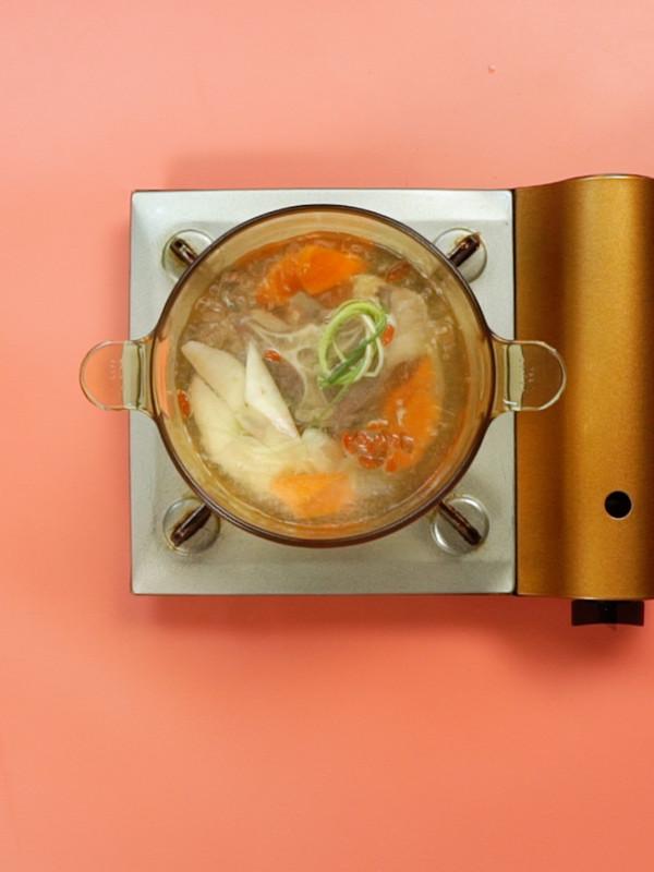 牛尾汤怎么吃