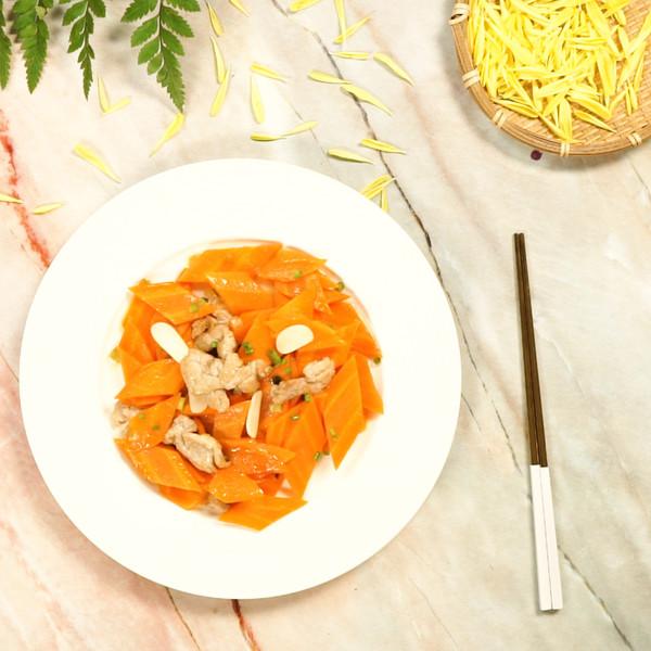 胡萝卜炒肉成品图