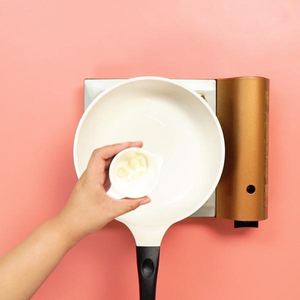 蓝瘦香菇的简单做法