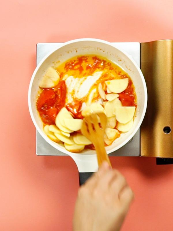 番茄土豆肥牛锅的简单做法
