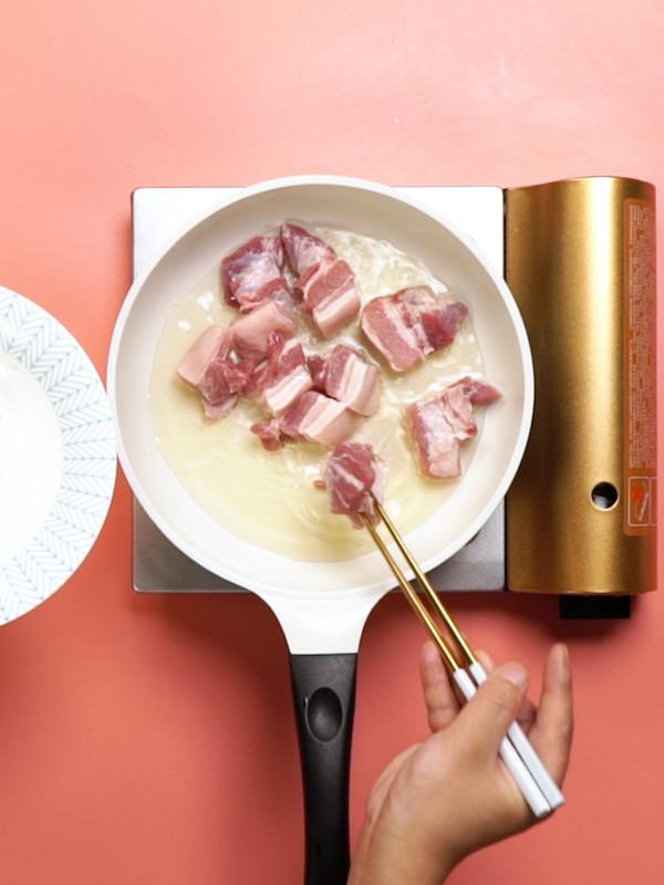 红烧肉炖土豆的做法图解