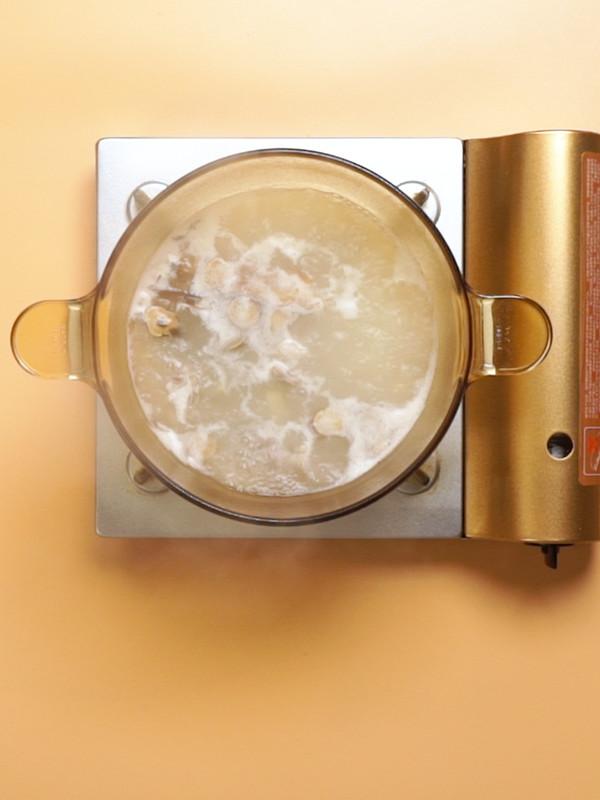 当归生姜羊肉汤成品图