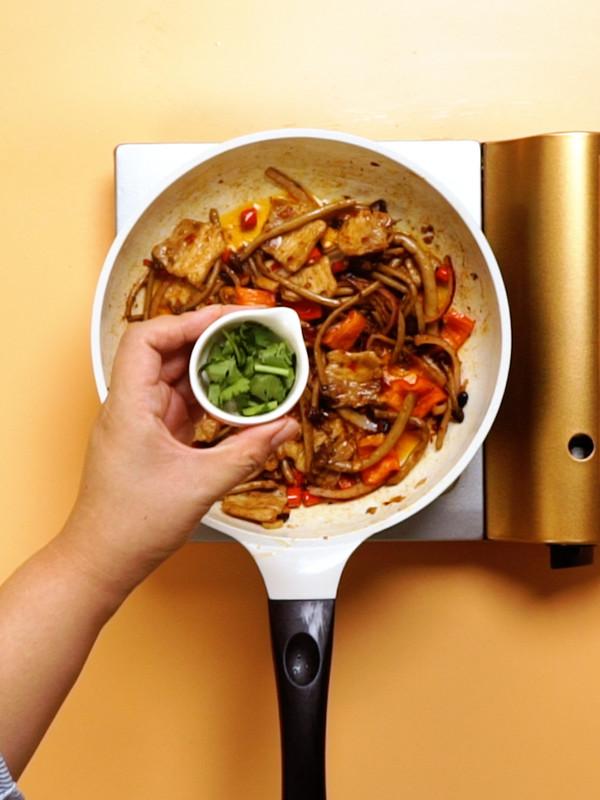 干锅茶树菇的步骤