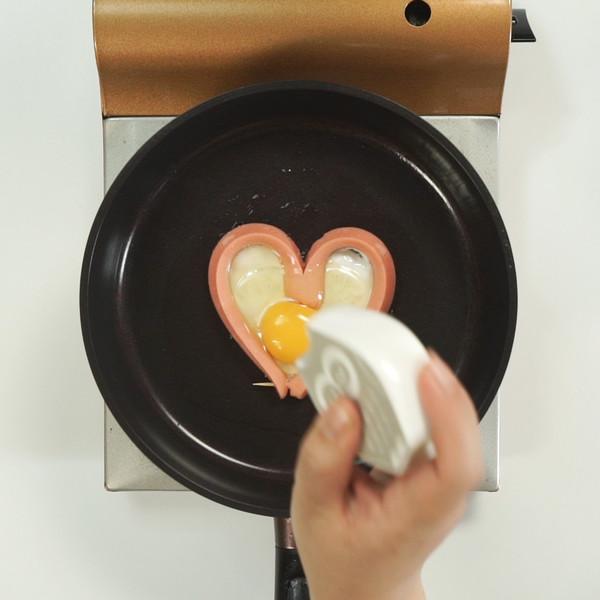 爱心煎蛋的简单做法