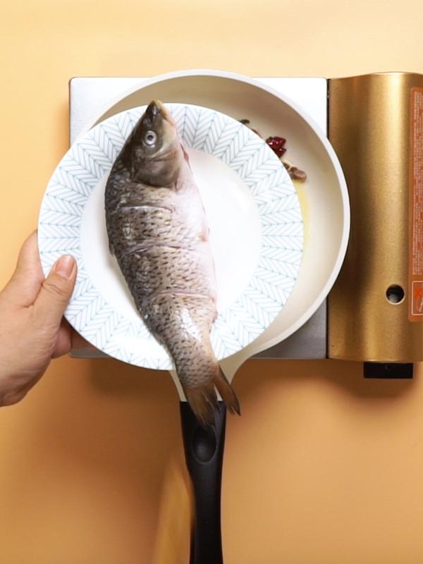 得莫利炖鱼的步骤