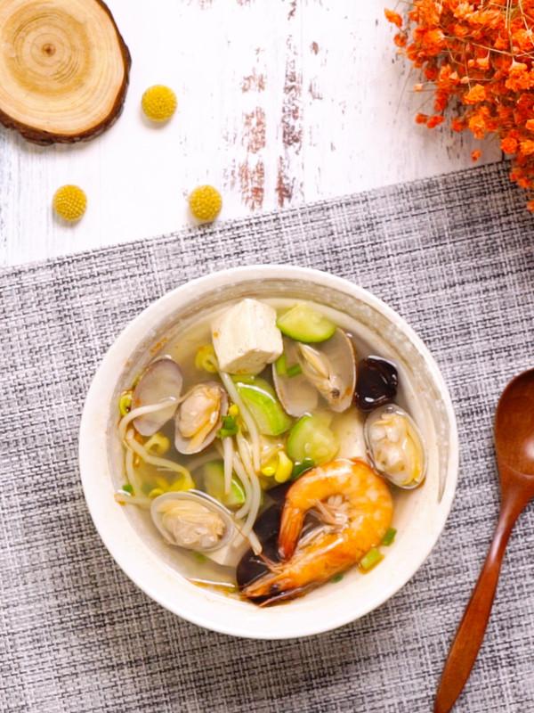 海鲜汤成品图