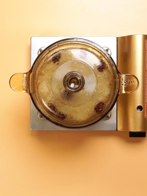 银耳雪梨汤的简单做法