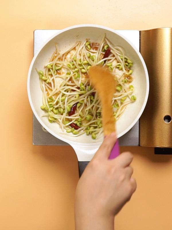 黄豆芽炒粉条怎么吃
