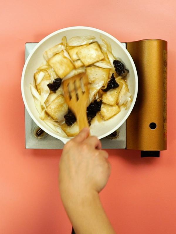葱炖豆腐怎么吃