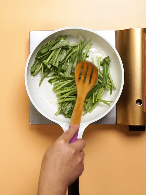 蒜蓉空心菜的家常做法