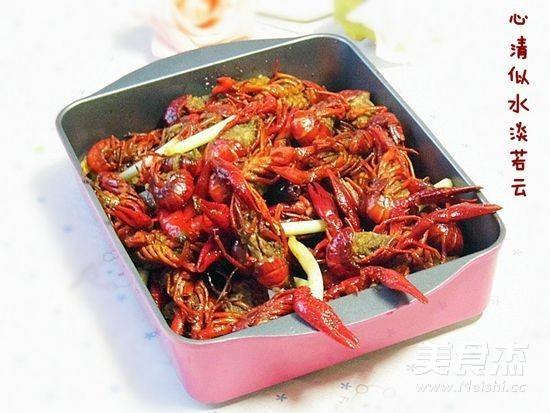 香辣小龙虾成品图