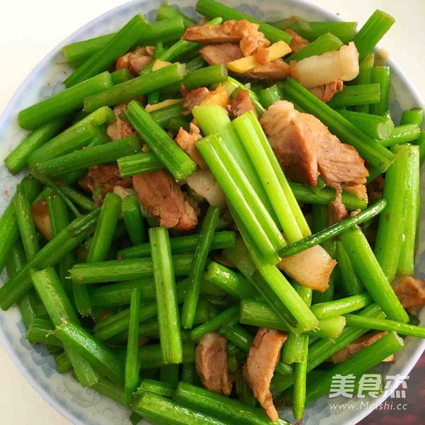 芹菜炒肉丝怎么做