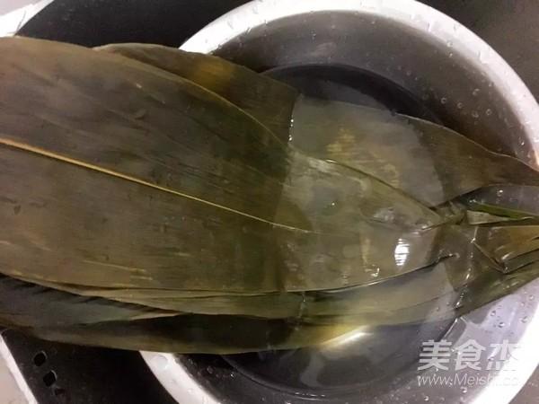 蜜枣红豆花生粽子怎么炒