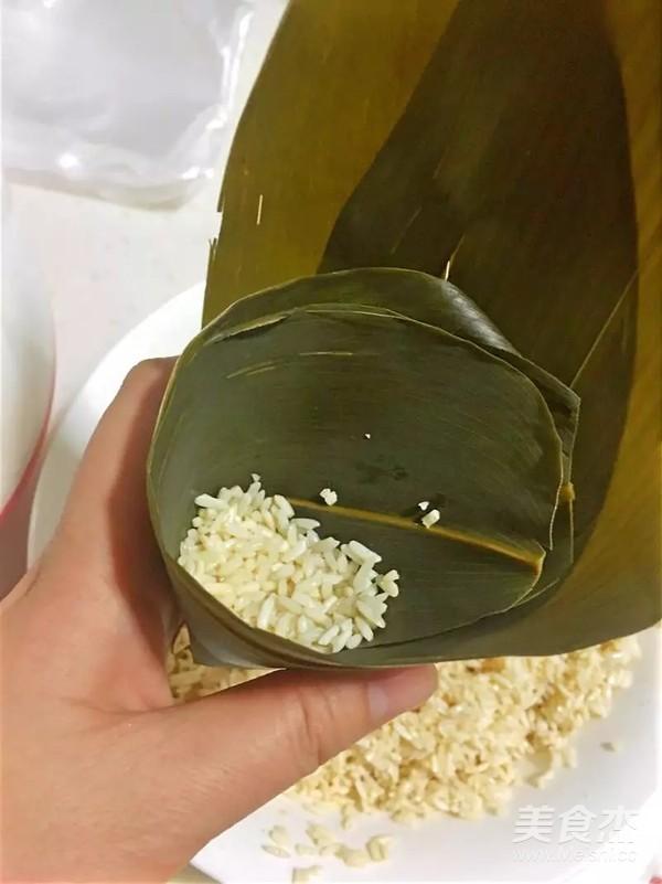 蜜枣红豆花生粽子怎样做