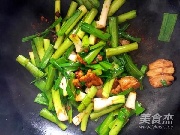 酱香蒜苗炒肉怎么吃