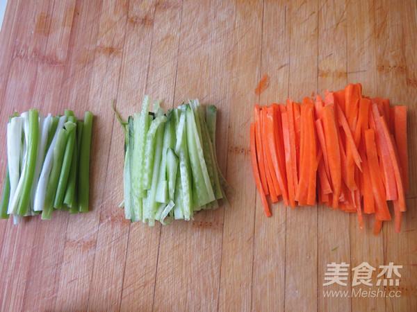 豆腐皮卷菜的做法图解