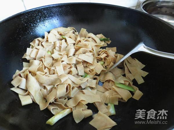 酱香豆腐皮怎么做
