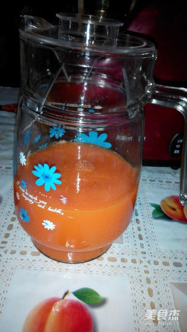红萝卜橙汁成品图