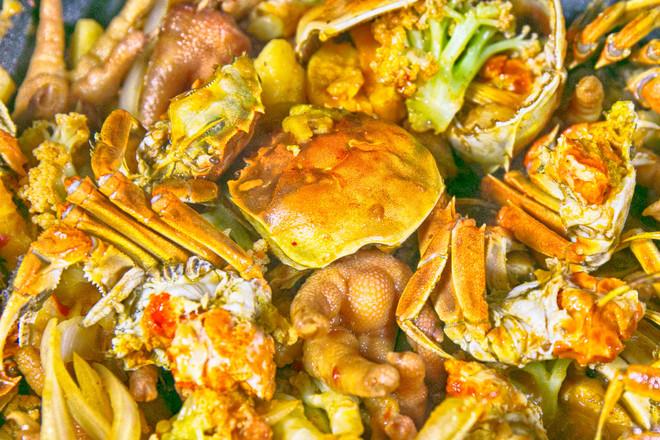 香辣肉蟹煲成品图
