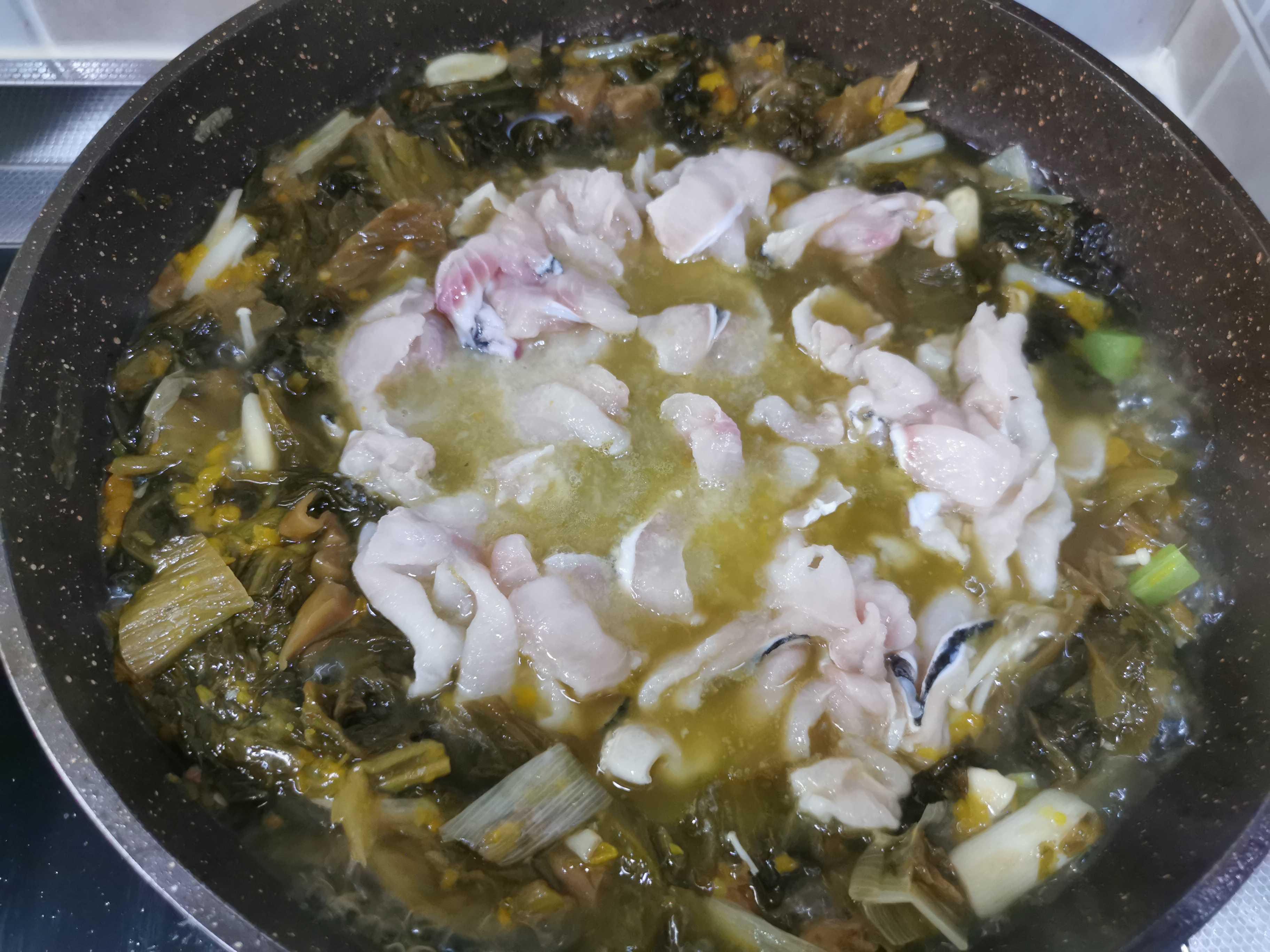 能吃两碗饭的创新酸菜鱼怎么炖