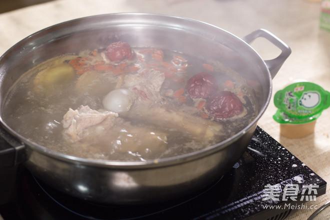 猪骨浓汤锅底怎么吃