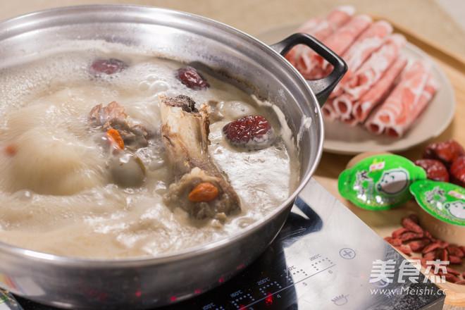 猪骨浓汤锅底怎么煮