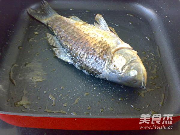 洋葱烧鲫鱼的家常做法