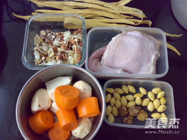 银杏腐竹猪肚汤的做法大全