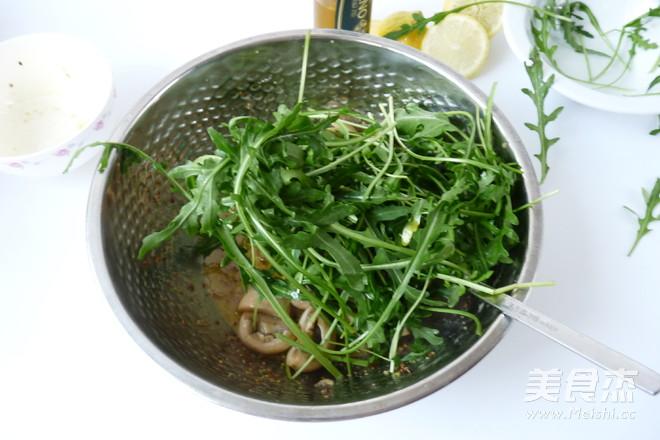 芝麻菜温拌蘑菇怎么吃