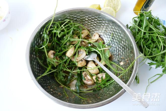 芝麻菜温拌蘑菇怎么做