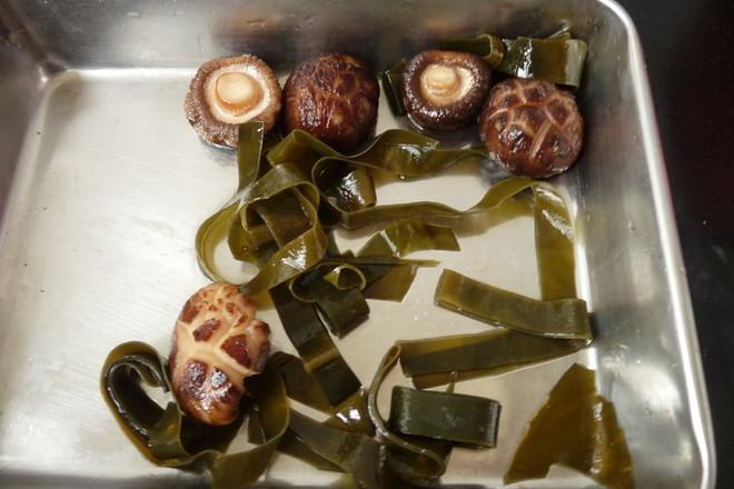 玉米牛蒡香菇汤的家常做法