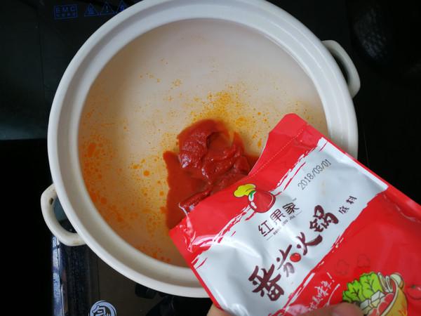 番茄杂菜猪蹄锅的步骤