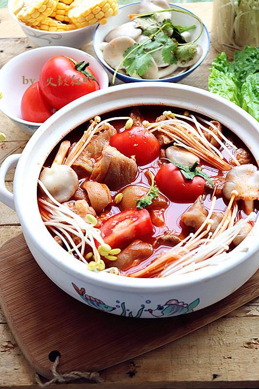 番茄杂菜猪蹄锅成品图