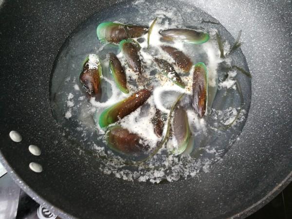 青口海带汤面怎么炒