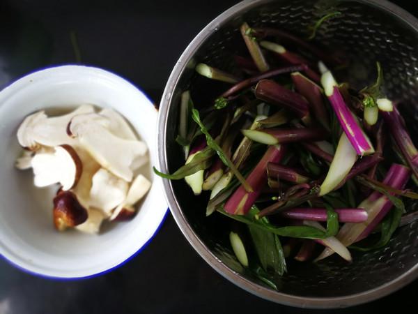 松茸炒红菜苔的做法图解