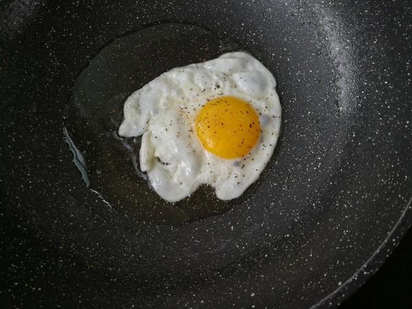 青菜鸡蛋炒米粉的家常做法