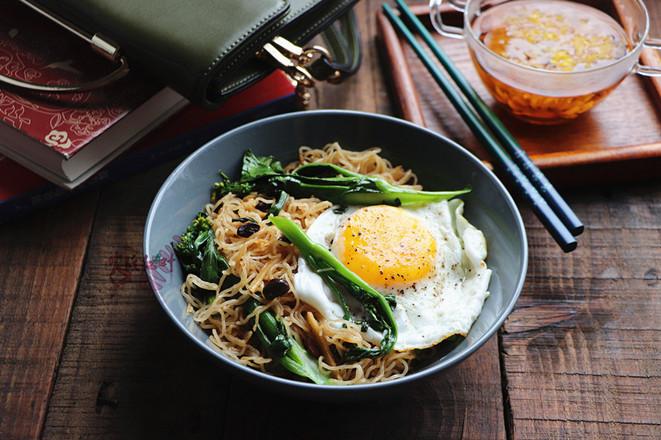 青菜鸡蛋炒米粉怎么煮