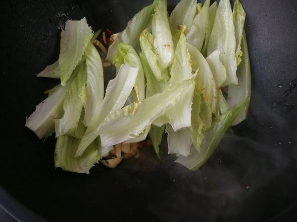 年夜饭吃的健康有益,桌上要有这道菜,做法虽简单,味道却很好怎么吃