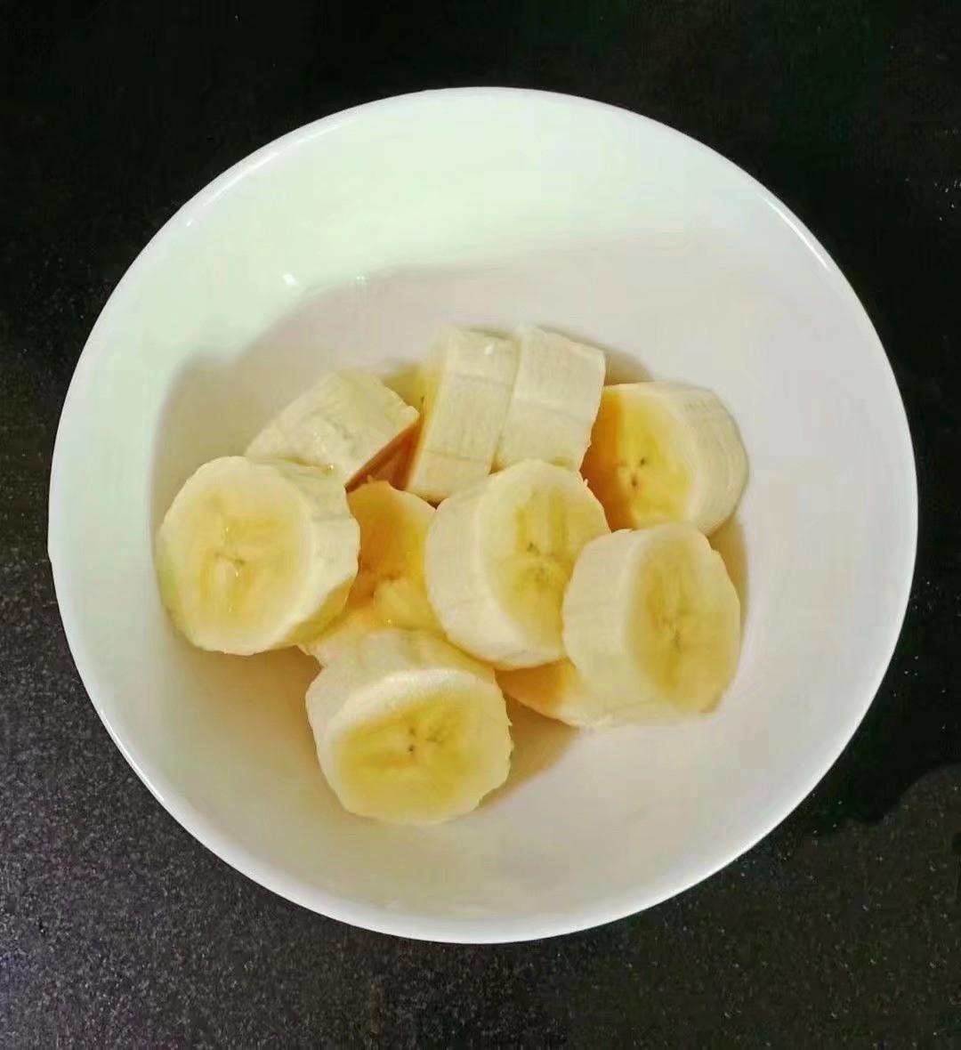 香蕉奶香饼 (宝宝辅食)的简单做法