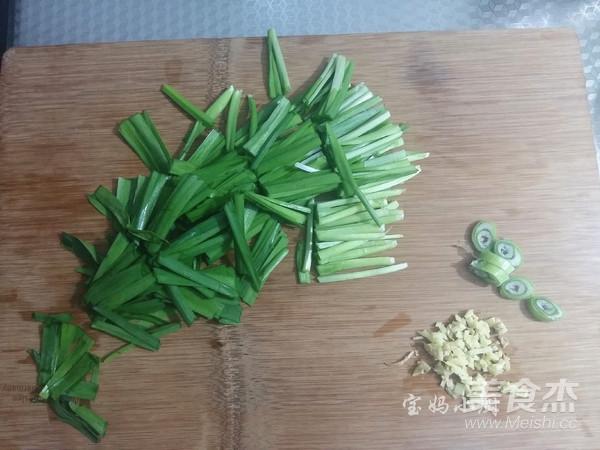 黄豆芽炒韭菜的家常做法