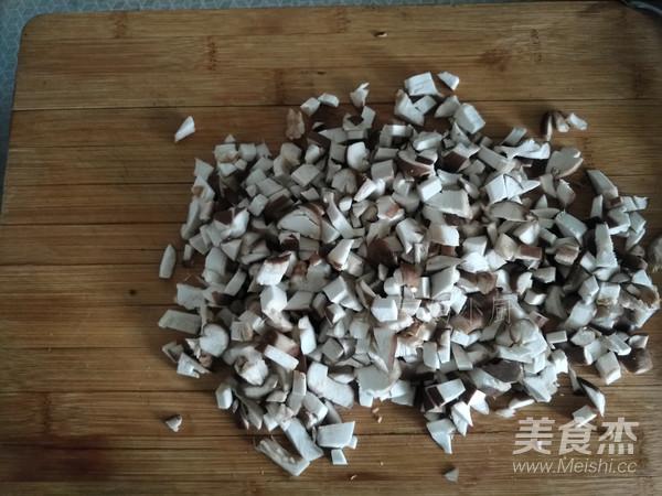 猪肉萝卜香菇包子的简单做法
